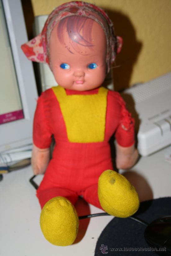 Muñecas Modernas: ANTIGUA MUÑECA TRAPO Y GOMA años 70 - Foto 2 - 30192317