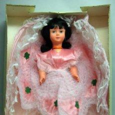 Muñecas Modernas: MUÑECA ITALIANA BAMBOLA MADE IN ITALY AÑOS 70 70 CM ALTO NUEVA CON CAJA SIN USO. Lote 29498610