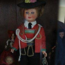 Muñecas Modernas: MUÑECO VESTIDO REGIONAL. Lote 29688779