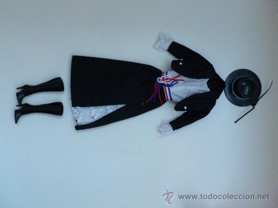 PRECIOSO TRAJE DE CHILE (Juguetes - Muñeca Extranjera Moderna - Otras Muñecas)