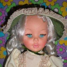 Muñecas Modernas: PRECIOSA MUÑECA DE FURGA CON PESTAÑAS DE VERTIGO ,AÑOS 70. Lote 30613531