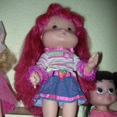 Muñecas Modernas: MUÑECA TARTA DE FRESA GRANDE. Lote 33783402