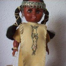 Muñecas Modernas: MUÑECA INDIA DE CANADA. Lote 36692579