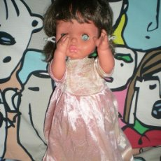 Muñecas Modernas: MUÑECA ANTIGUA SIN MARCA POSIBLEMENTE MARCA BELLA 46 CM AÑOS 60 Ò 70. Lote 37907130