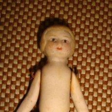 Muñecas Modernas: MUÑECA ANTIGUA DE BISCUIT,PORCELA RÚSTICA,PEQUEÑO TAMAÑO,ARTICULADA,VER LA FOTO. Lote 38670946
