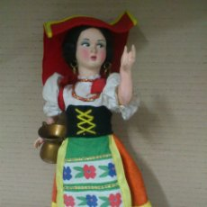Muñecas Modernas: MUÑECA ITALIANA, ITALIA, ROMA, AÑOS 70, , 27 CM. DE ALTURA.. Lote 40388490