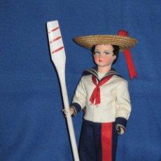 Muñecas Modernas: MUÑECO DE LOS AÑOS 70 CON TRAJE REGIONAL VENECIA - 27 CM. Lote 41341467