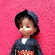 Muñecas Modernas: ANTIGUO MUÑECO TRAJE REGIONAL 18CM. Lote 48696709