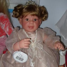 Muñecas Modernas: MUÑECA DE COLECCIÓN DE LEE MIDDLETON, NOMBRE: PRINCESS PEARL. PIEZA NUMERADA. NUEVA. Lote 48719328
