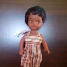 Muñecas Modernas: BONITA MUÑECA NEGRITA,CARITA PINTADA. MADE IN HONG KONG. Nº 2618 . AÑOS 60/70. Lote 49097906