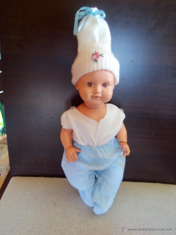 Muñecas Modernas: antiguo muñeco bebe de plastico duro,manos giratorias.cuerpo y cabeza mas blando. Años 60/70 - Foto 2 - 49098035