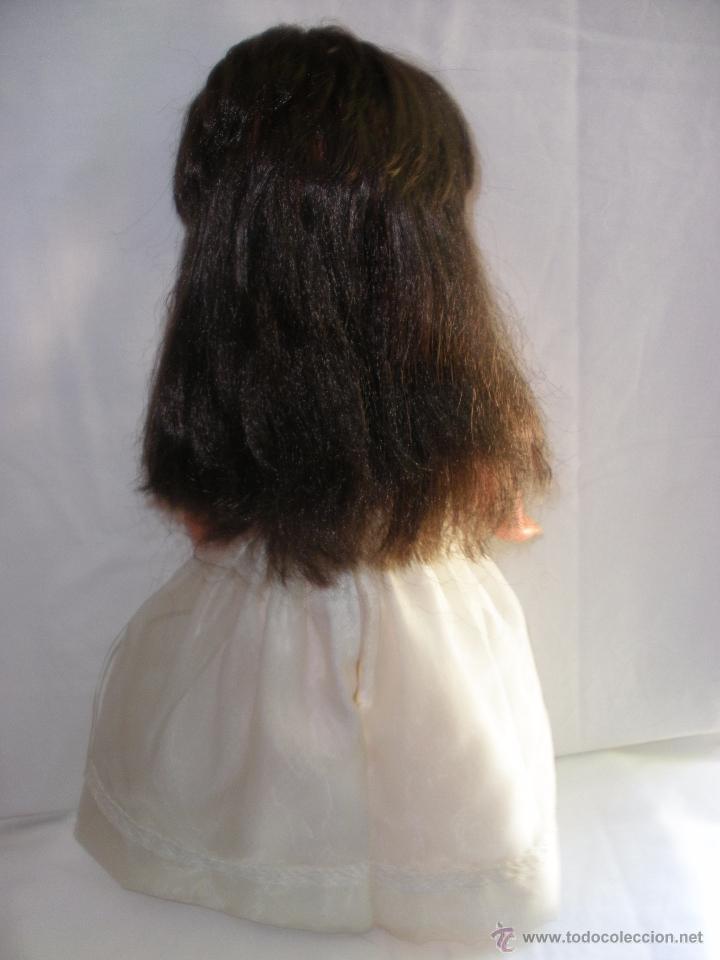 Muñecas Modernas: Preciosa Muñeca vestida de comunión y morena con pelo a capas italiana Furga - Foto 7 - 49638020