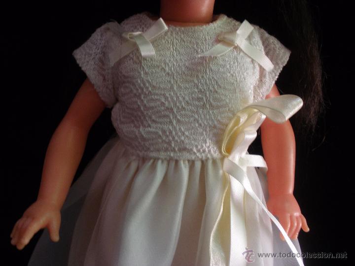 Muñecas Modernas: Preciosa Muñeca vestida de comunión y morena con pelo a capas italiana Furga - Foto 8 - 49638020