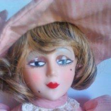 Muñecas Modernas: MUÑECA DE COLECCIÓN ÉPOCA CHARLESTON AÑOS 20. . Lote 53067943