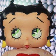 Muñecas Modernas: PRECIOSA MUÑECA BETTY BOOM DE PLAY-BY-PLAY. MIDE 36 CM.. Lote 53770358