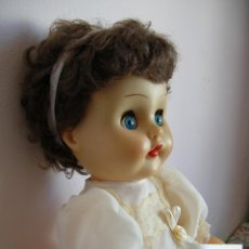 Muñecas Modernas: PRECIOSA MUÑECA ANTIGUA FRANCESA ANNABELLA DE MUÑECAS BELLA CON VESTIDO DE COMUNION DE PAOLA REINA. Lote 54116834