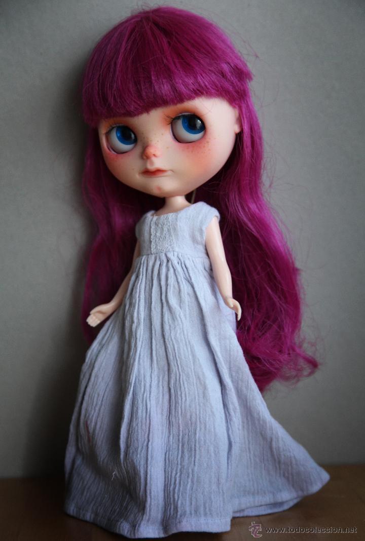 Muñecas Modernas: Preciosa y original OOAK Blythe art doll customizada y única con 2 vestidos y caja - Foto 11 - 55012841