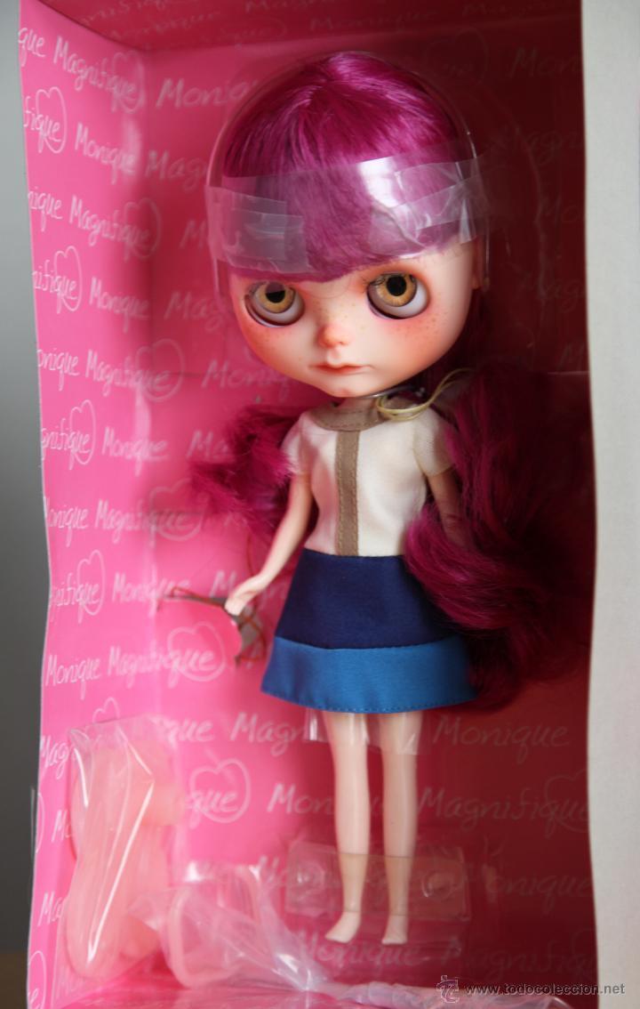 Muñecas Modernas: Preciosa y original OOAK Blythe art doll customizada y única con 2 vestidos y caja - Foto 14 - 55012841