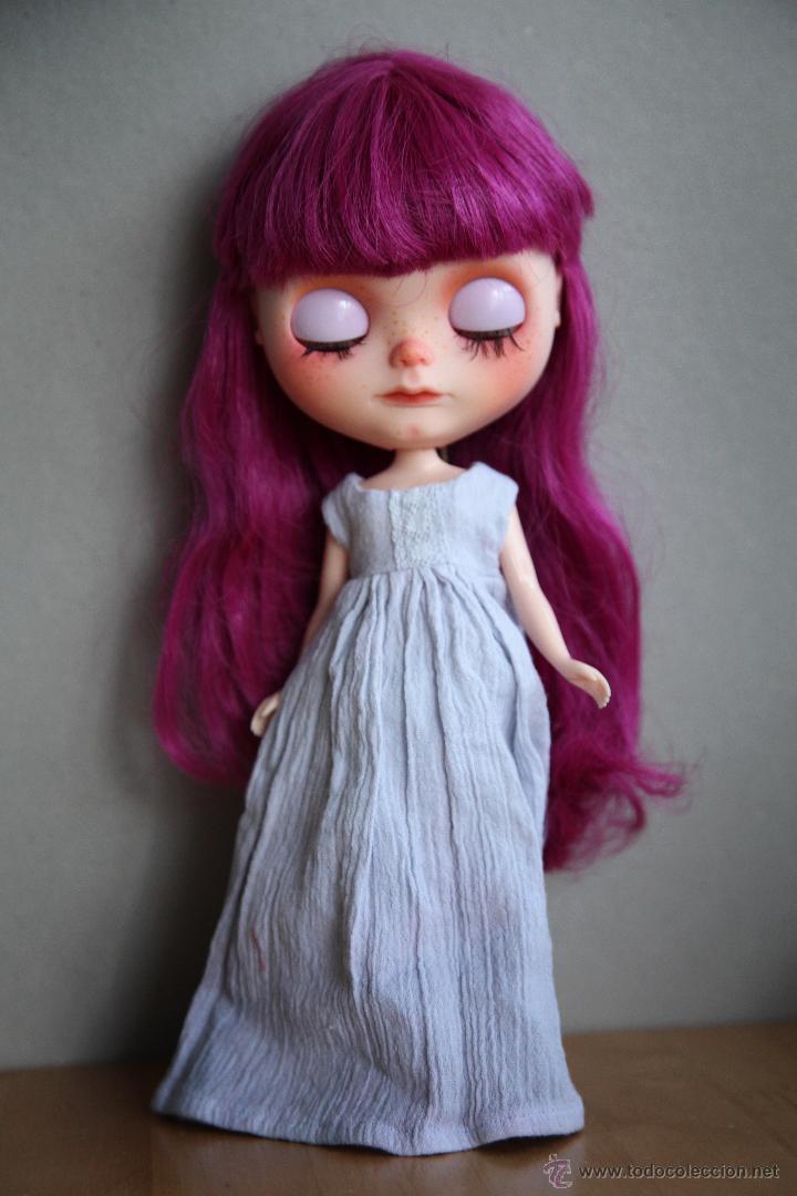 Muñecas Modernas: Preciosa y original OOAK Blythe art doll customizada y única con 2 vestidos y caja - Foto 16 - 55012841