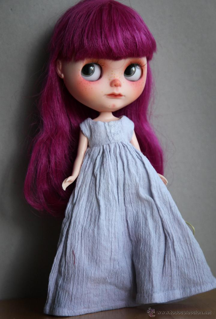 Muñecas Modernas: Preciosa y original OOAK Blythe art doll customizada y única con 2 vestidos y caja - Foto 18 - 55012841