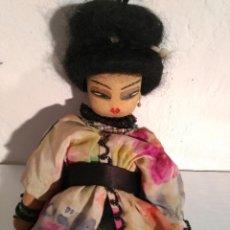 Muñecas Modernas: ANTIGUA MUÑECA CHINA - CON KIMONO - 31 CM DE ALTURA. Lote 56130592