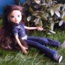 Muñecas Modernas: MUÑECA MOXIE GIRLZ DE MGA - MORENA, CON MONO VAQUERO - VER FOTOS !!. Lote 57328209