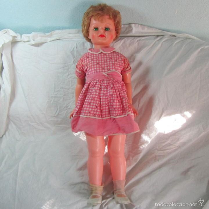 Muñecas Modernas: Gran muñeca americana andadora Uneeda 36-23, 36-T, 90 centímetros de altura - Foto 2 - 60639323