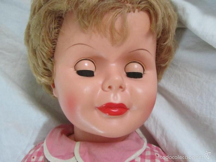 Muñecas Modernas: Gran muñeca americana andadora Uneeda 36-23, 36-T, 90 centímetros de altura - Foto 23 - 60639323