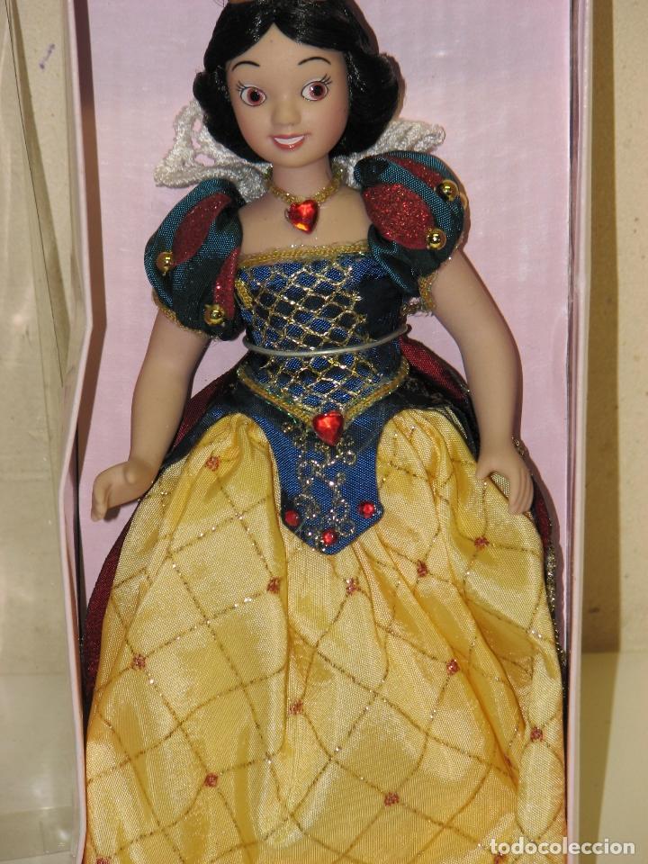 Muñecas Modernas: PRINCESAS DISNEY DE PORCELANA BLANCANIEVES - Foto 4 - 112292938