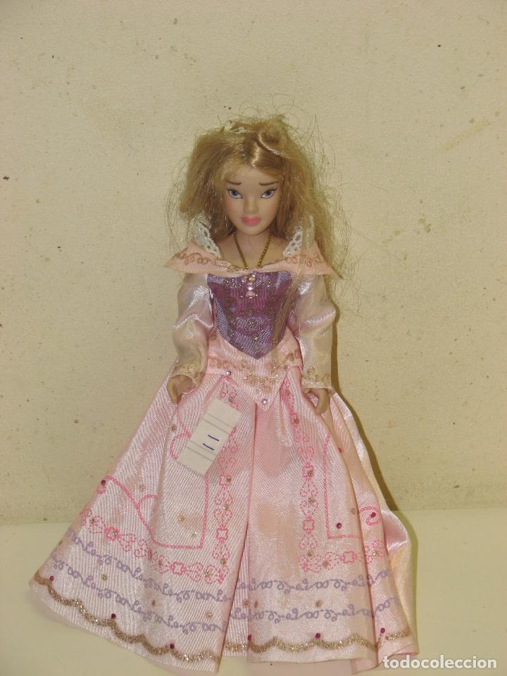 PRINCESAS DISNEY DE PORCELANA AURORA (Juguetes - Muñeca Extranjera Moderna - Otras Muñecas)