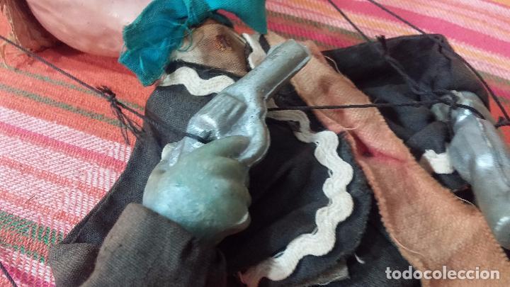 Muñecas Modernas: Antiguo muñeco marioneta, un gracioso mexicano con dos pistolas, quizás Pancho Villa - Foto 22 - 69718121