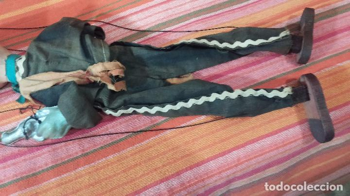 Muñecas Modernas: Antiguo muñeco marioneta, un gracioso mexicano con dos pistolas, quizás Pancho Villa - Foto 32 - 69718121