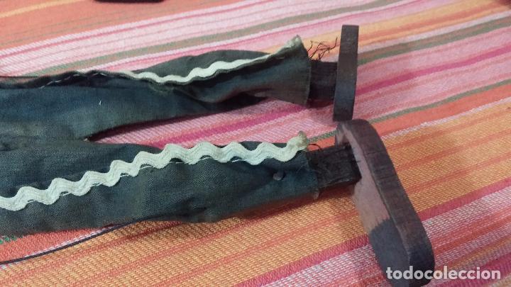 Muñecas Modernas: Antiguo muñeco marioneta, un gracioso mexicano con dos pistolas, quizás Pancho Villa - Foto 35 - 69718121