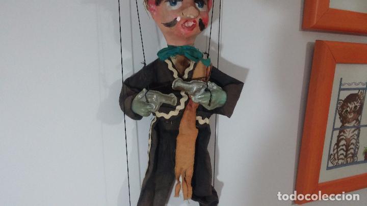 Muñecas Modernas: Antiguo muñeco marioneta, un gracioso mexicano con dos pistolas, quizás Pancho Villa - Foto 40 - 69718121