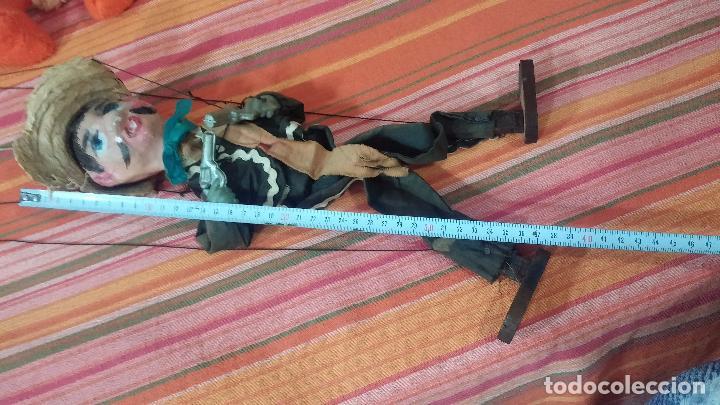 Muñecas Modernas: Antiguo muñeco marioneta, un gracioso mexicano con dos pistolas, quizás Pancho Villa - Foto 43 - 69718121