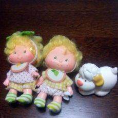 Muñecas Modernas: TARTA DE FRESA DE LOS 80: LEM Y ADA CON SU MASCOTA. Lote 69891835