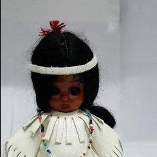 Muñecas Modernas: ANTIGUA MUÑECA INDIA - FABRICADA POR HERITAGE DOLLS A SUNBELL COMPANY -. Lote 75316039