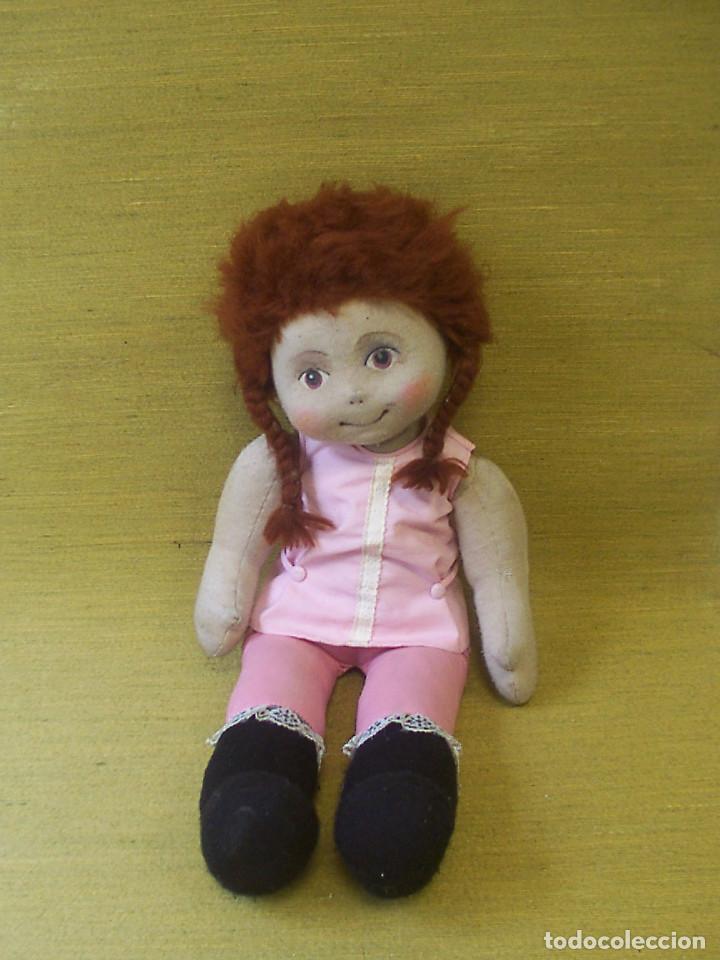 Muñecas Modernas: Muñeca de trapo, con cara pintada y pelo de lana. Años 70. Altura: 52 cm. - Foto 5 - 75873571