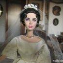 Muñecas Modernas: MUÑECA DE COLECCIÓN, LIZ TAYLOR VESTIDA DE NOVIA, 1966. Lote 80178253