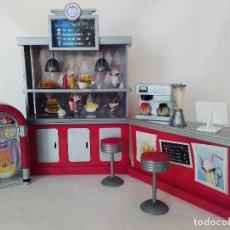 Muñecas Modernas: RETRO CAFÉ DE LAS BRATZ. Lote 82837848