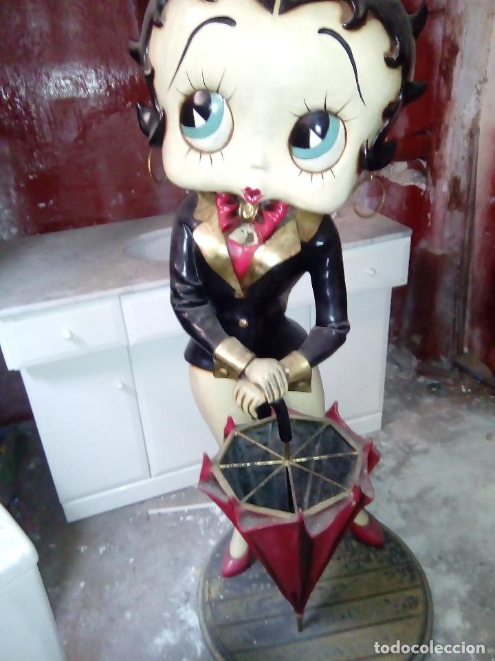 Muñecas Modernas: Figura de bakelita de Betty Boop, tamaño natural 1,25 metros, figura utilizada como paraguero - Foto 2 - 86168212