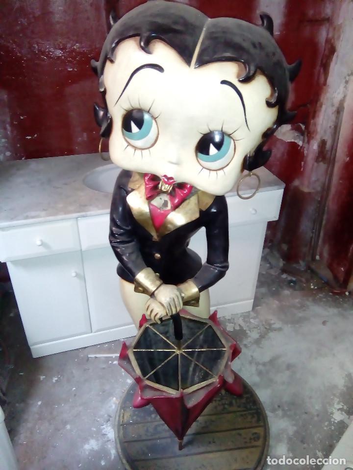 Muñecas Modernas: Figura de bakelita de Betty Boop, tamaño natural 1,25 metros, figura utilizada como paraguero - Foto 3 - 86168212