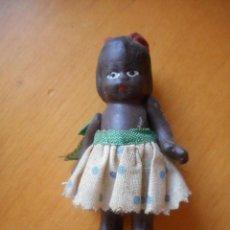 Muñecas Modernas: ANTIGUA PEQUEÑA MUÑECA NEGRITA, CREO QUE TERRACOTA. MIDE 7,5 CM. PROBABLEMENTE AÑOS 30. Lote 86871008
