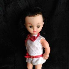 Muñecas Modernas: MUÑECA MORENA PERLITA BELLA MADE IN FRANCIA GÉGÉ CON SU SELLO AÑOS 60. Lote 89069238