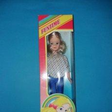 Muñecas Modernas: MUÑECA SINDY NOVA EM CAJA ANOS 80 VINTAGE. Lote 93160255