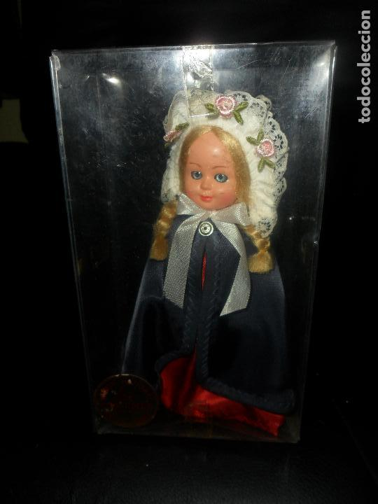Muñecas Modernas: MUÑECA DANESA, TRAJE REGIONAL DINAMARCA - CELULOIDE 18CM. AÑOS 60'S - - Foto 2 - 94654459