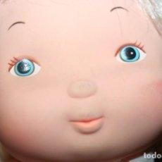 Muñecas Modernas: ANTIGUA MUÑECA BABY HOLLY HOBBIE 1977 MARCADA EN LA NUCA K.T.C KNICKERBOCKER. Lote 98784299