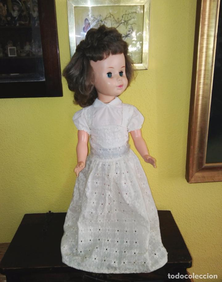 Muñecas Modernas: Antigua muñeca inglesa a cuerda. 55 cmtrs. - Foto 3 - 100215087
