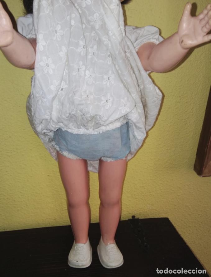 Muñecas Modernas: Antigua muñeca inglesa a cuerda. 55 cmtrs. - Foto 7 - 100215087