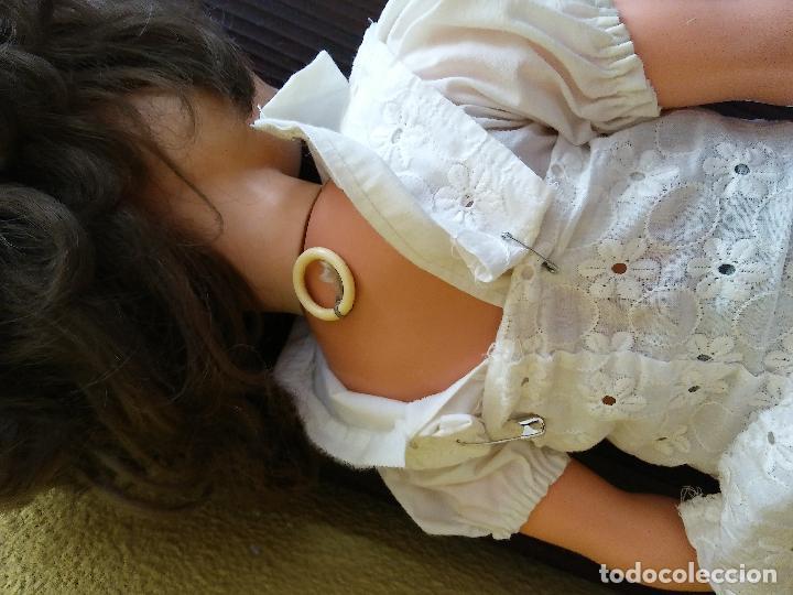 Muñecas Modernas: Antigua muñeca inglesa a cuerda. 55 cmtrs. - Foto 10 - 100215087